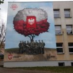 Mural upamiętniający powstańców wielkopolskich na szkole w Kaliszu